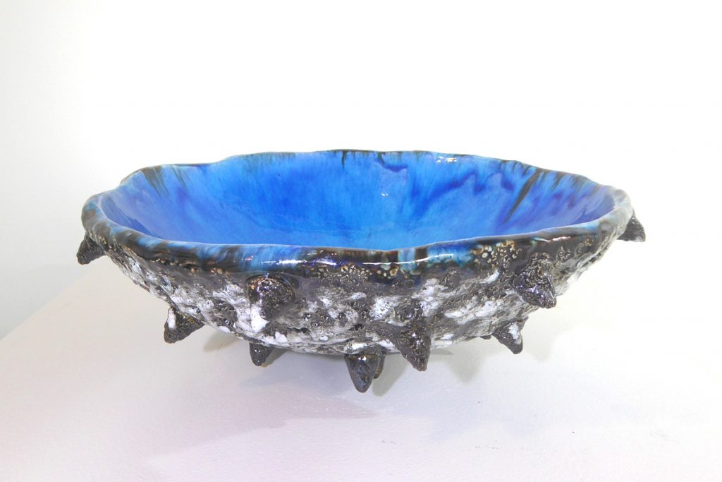 Spiky kina pottery bowl with turquoise-glazed interior by Maria Brockhill