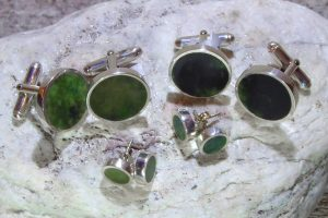 NZ greenstone & silver cufflinks & stud earrings by Scott Parker