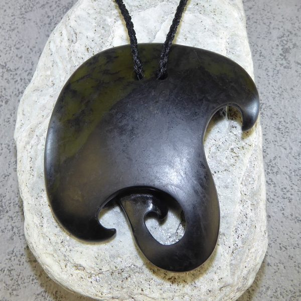 Large NZ greenstone whai or stingray pendant by Tim Steel