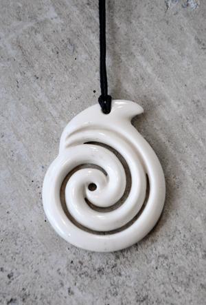 Hepi Maxwell Kura Gallery Maori Art Design New Zealand Pounamu Aotearoa Bone Carving Beef Bone Koru