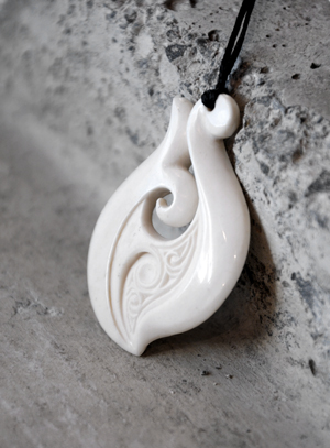 Hepi Maxwell Kura Gallery Maori Art Design New Zealand Pounamu Aotearoa Bone Carving Beef Bone Hei Matau