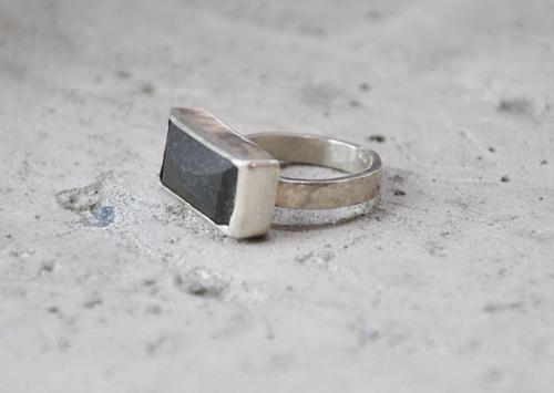 keri-mei zagrobelna greywacke ring1