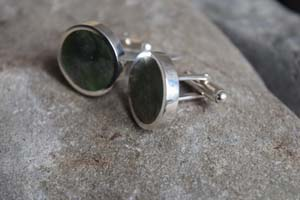 scott cufflinks closeup